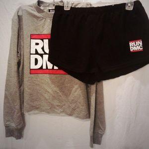 💋 NEW RUN DMC 2 PC SET!size m shorts/sweatshirt